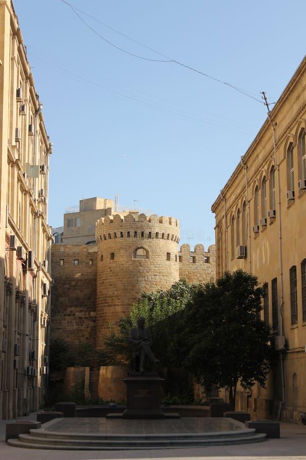 Paredes de Baku vieja imagen de archivo libre de regalías