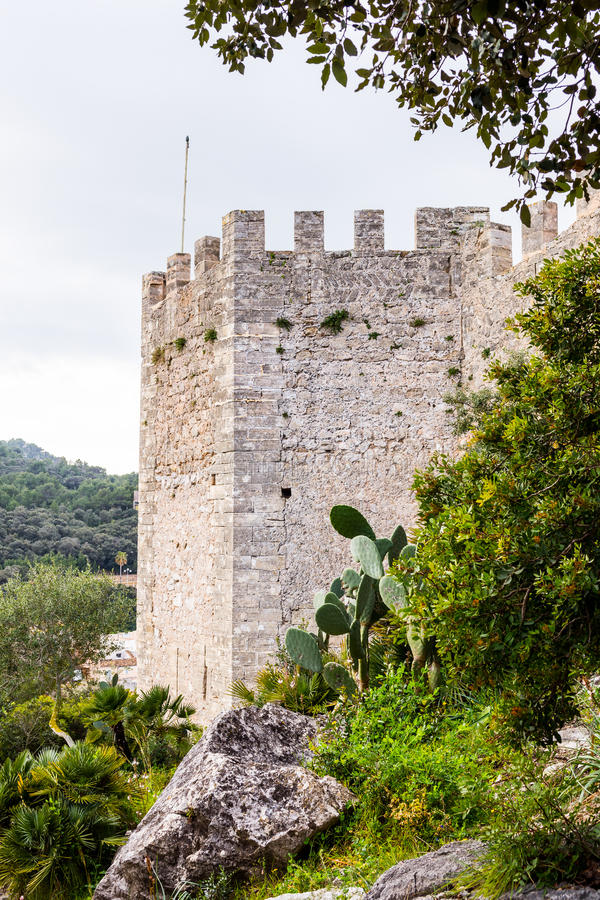 Paredes de Castell Capdepera, Majorca imagens de stock royalty free