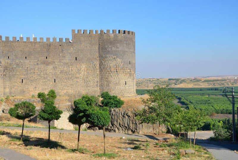 Paredes de la ciudad de Diyarbakir imagenes de archivo