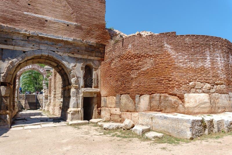 Paredes de piedra y puertas históricas de Iznik Bursa imagenes de archivo
