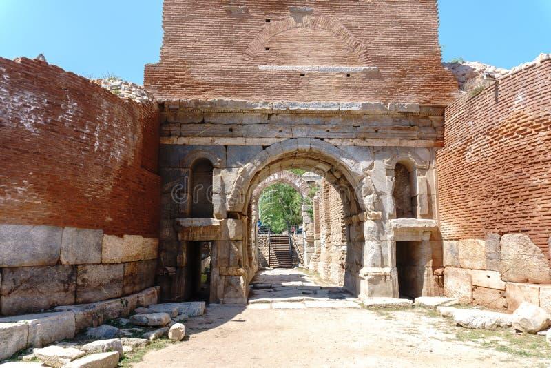Paredes de piedra y puertas históricas de Iznik Bursa fotos de archivo libres de regalías