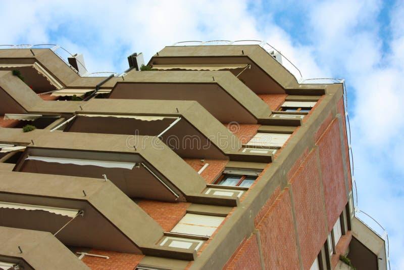 Paredes de uma fachada de uma casa habitada da família fotografia de stock royalty free
