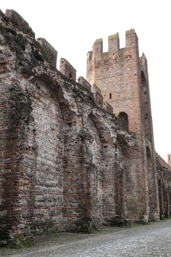 paredes medievales antiguas de la defensa en ciudad de MONTAGNANA cerca de Padua fotografía de archivo