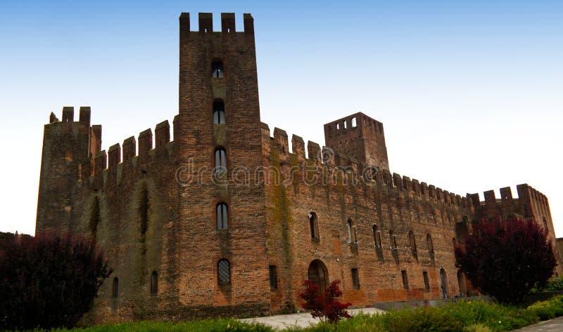 Paredes medievales de la defensa de la ciudad de Montagnana, Padua, Italia fotos de archivo