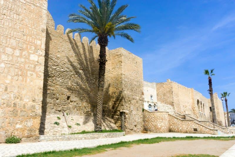 Paredes velhas da cidade de Sousse, Tunísia fotografia de stock royalty free