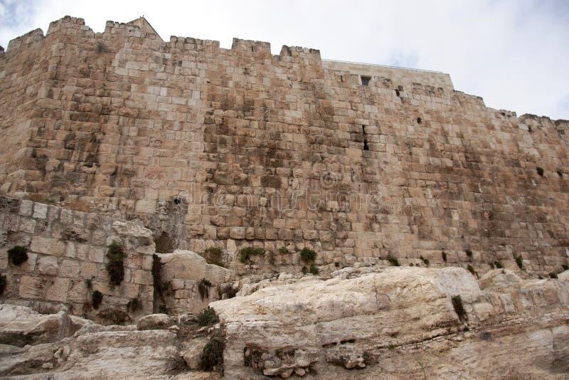 Paredes viejas de la ciudad de Jerusalén imágenes de archivo libres de regalías