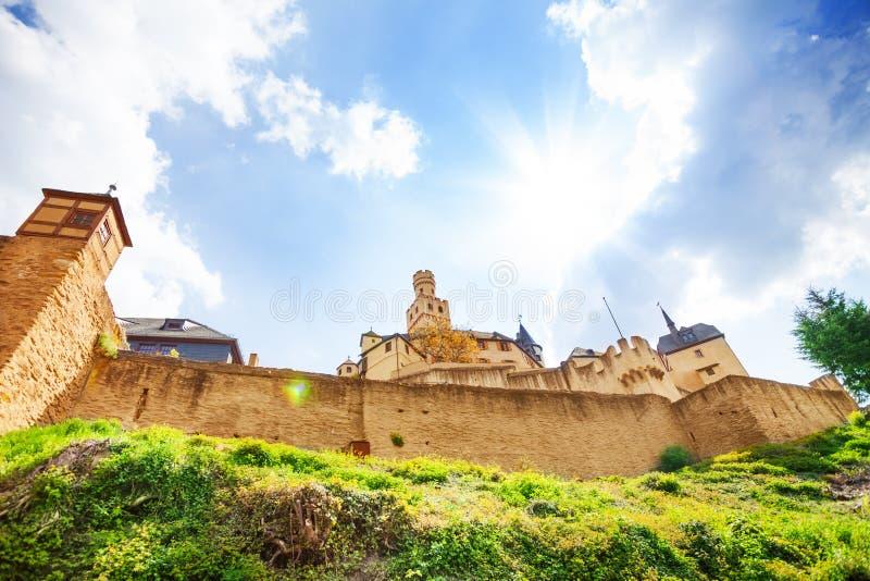 Paredes y fortalecimientos del castillo de Marksburg imagen de archivo