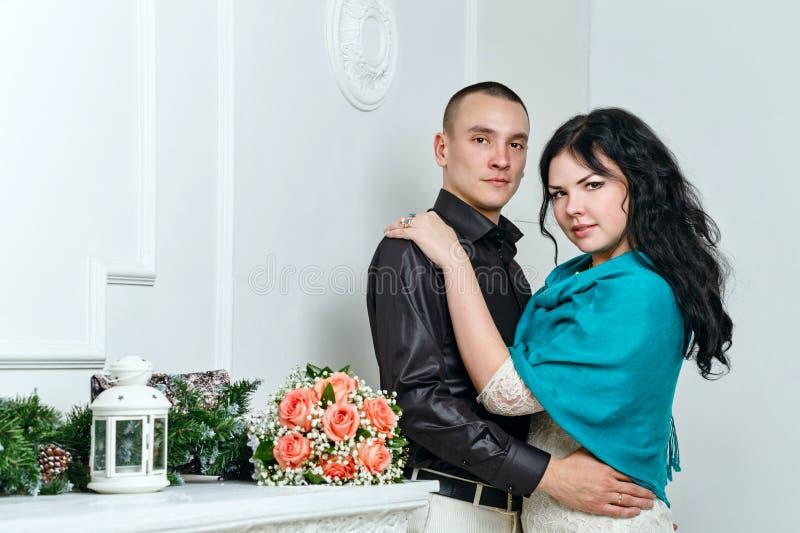 Pareja casada jóvenes fotos de archivo