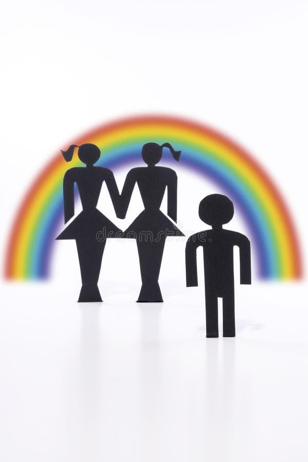Pareja homosexual con el niño, estatuillas, matrimonio homosexual, deseo para el niño fotos de archivo libres de regalías