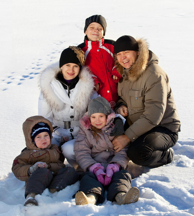 Free Parents And Children On Snow Royalty Free Stock Photos - 35061258