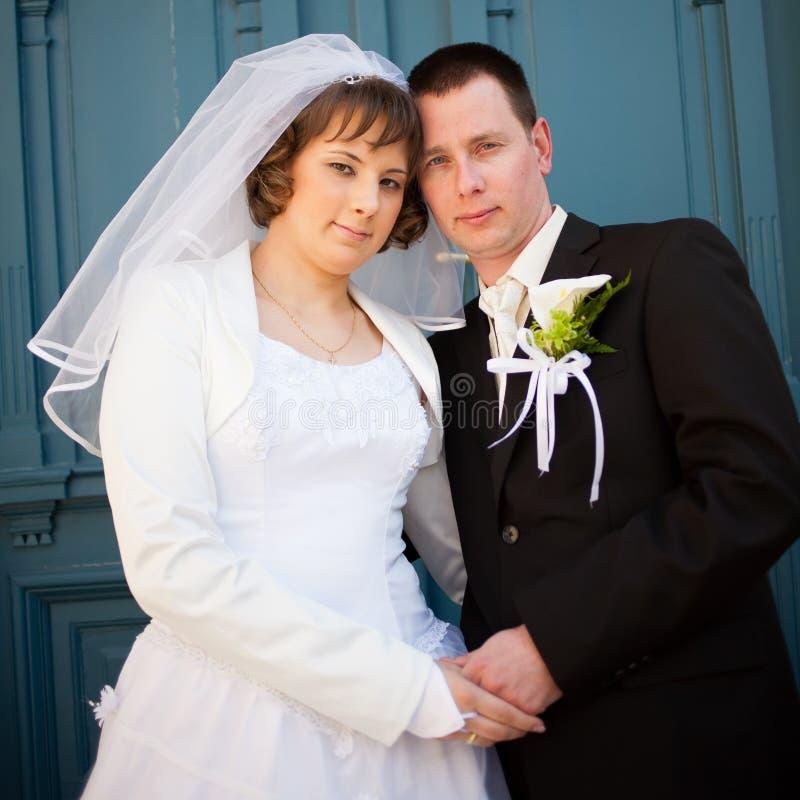 Download Pares do casamento imagem de stock. Imagem de floral - 29841803
