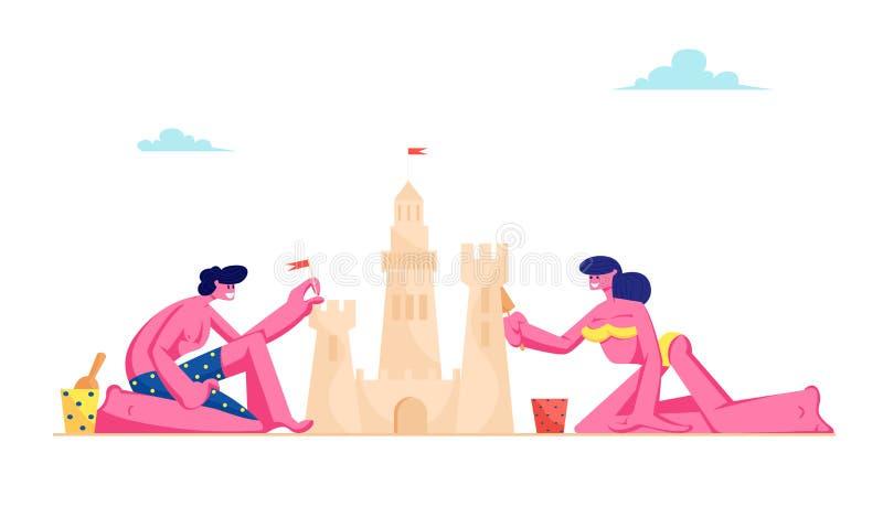 Pares cariñosos jovenes que tienen ocio en Sandy Beach Building Sand Castle en la playa tropical de la isla Hombre y mujer en tra libre illustration