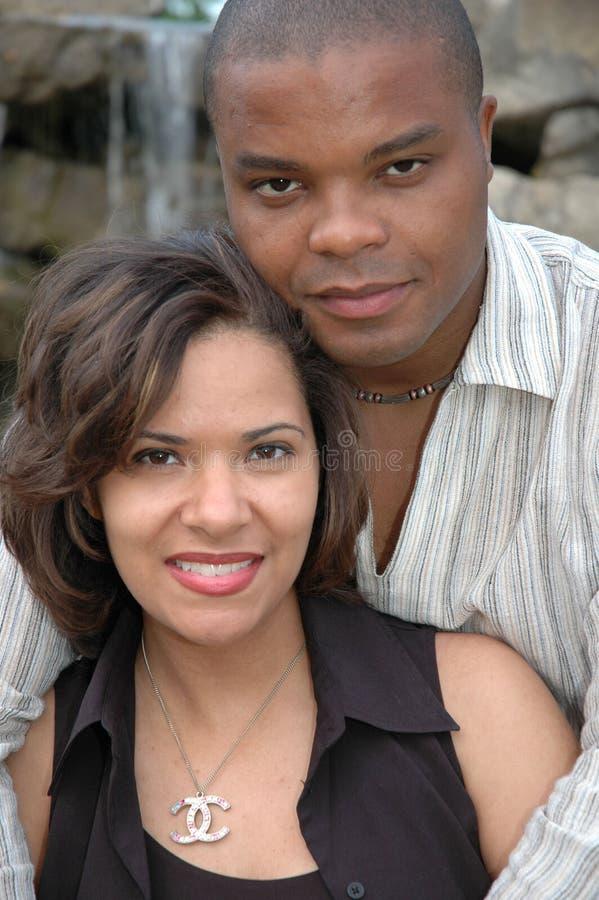 Pares casados felices 6 imagenes de archivo