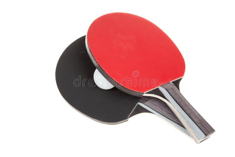 Pares de estafas del ping-pong y de bola blanca, aislados en el fondo blanco imagen de archivo libre de regalías