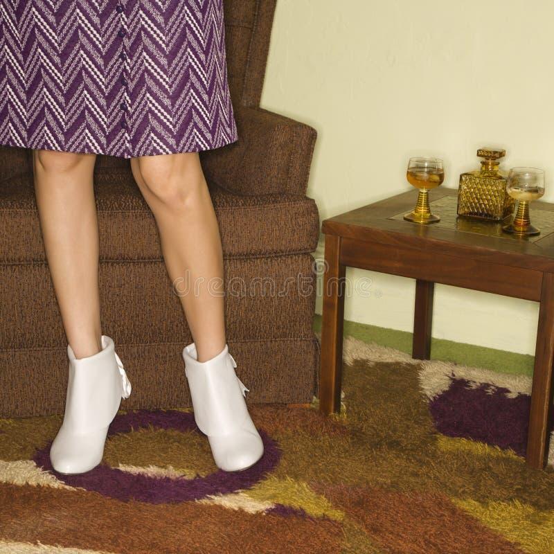 Pares de pés fêmeas. fotografia de stock