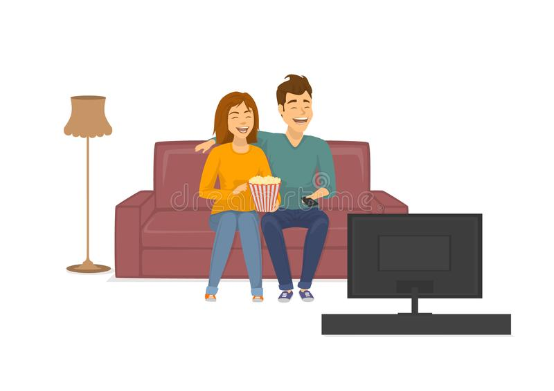 Pares de risa alegres lindos que miran a la show televisivo divertida, sentándose en el sofá en casa stock de ilustración