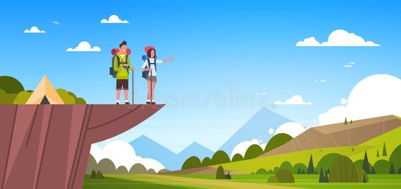 Pares de turistas con las mochilas sobre caminar hermoso del hombre y de la mujer del fondo del paisaje de la naturaleza stock de ilustración