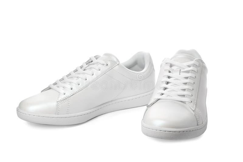 Pares de zapatillas de deporte de moda imagenes de archivo