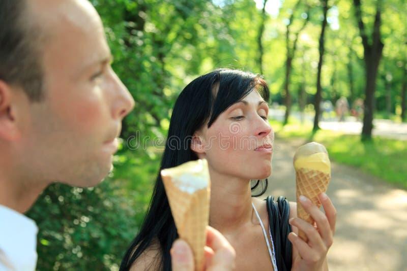 Pares del helado foto de archivo