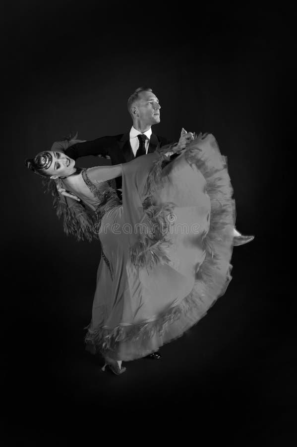 Pares do salão de baile da dança fotos de stock royalty free
