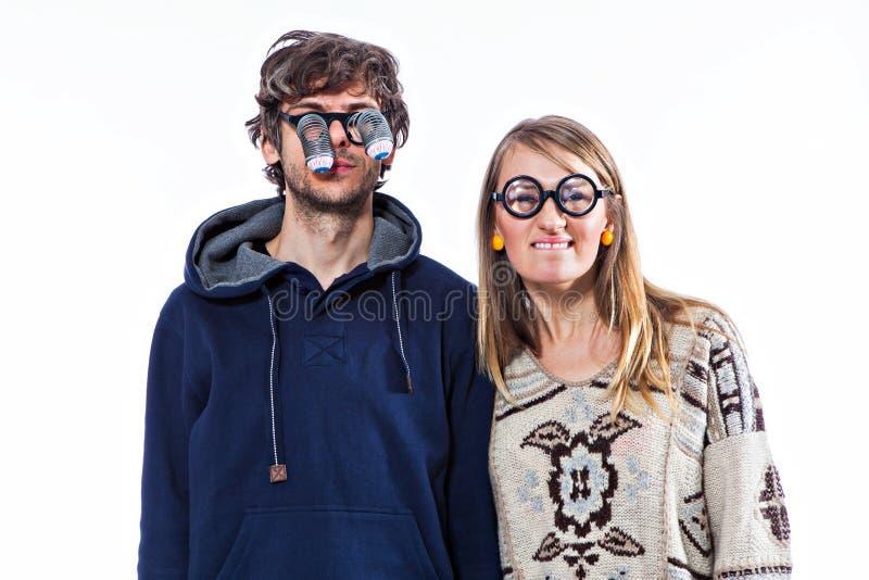 Pares em vidros engraçados imagem de stock