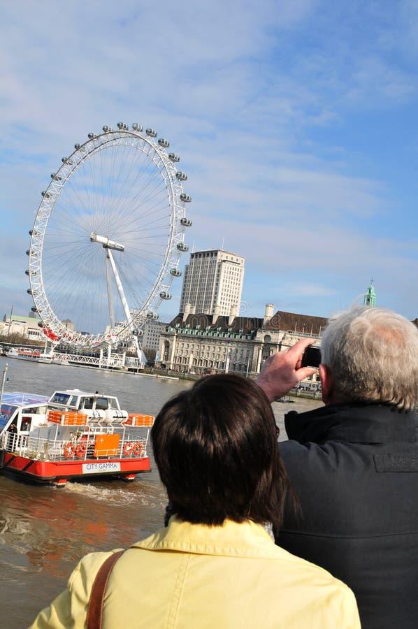 Pares en Londres foto de archivo libre de regalías