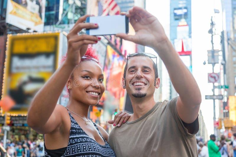 Pares en Nueva York foto de archivo libre de regalías