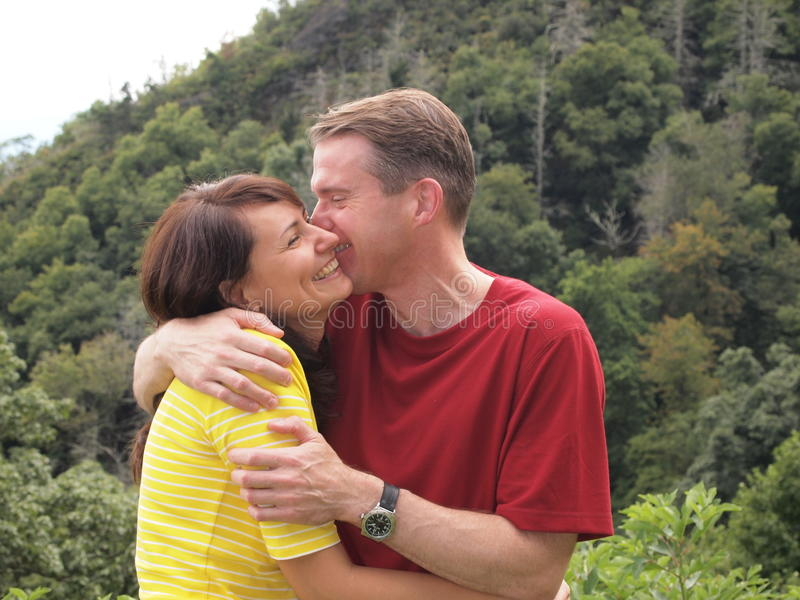 Download Pares felizes imagem de stock. Imagem de mulher, amor - 65575621
