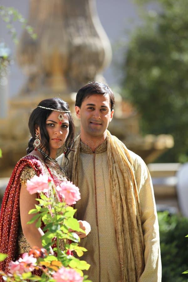 Pares indianos bonitos fotos de stock royalty free