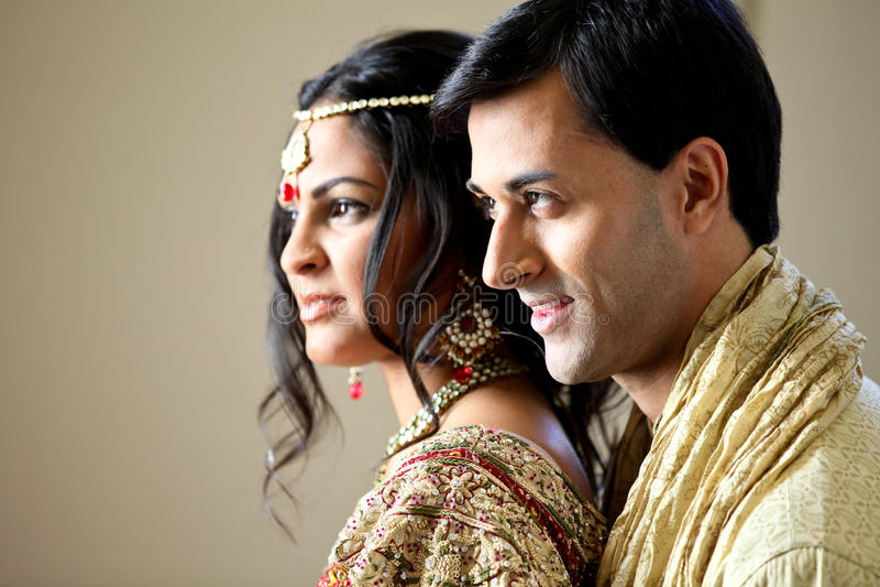 Pares indios hermosos imagen de archivo libre de regalías