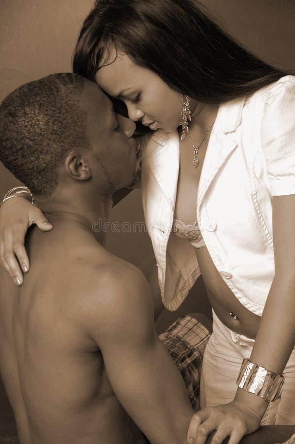 Pares Intimate