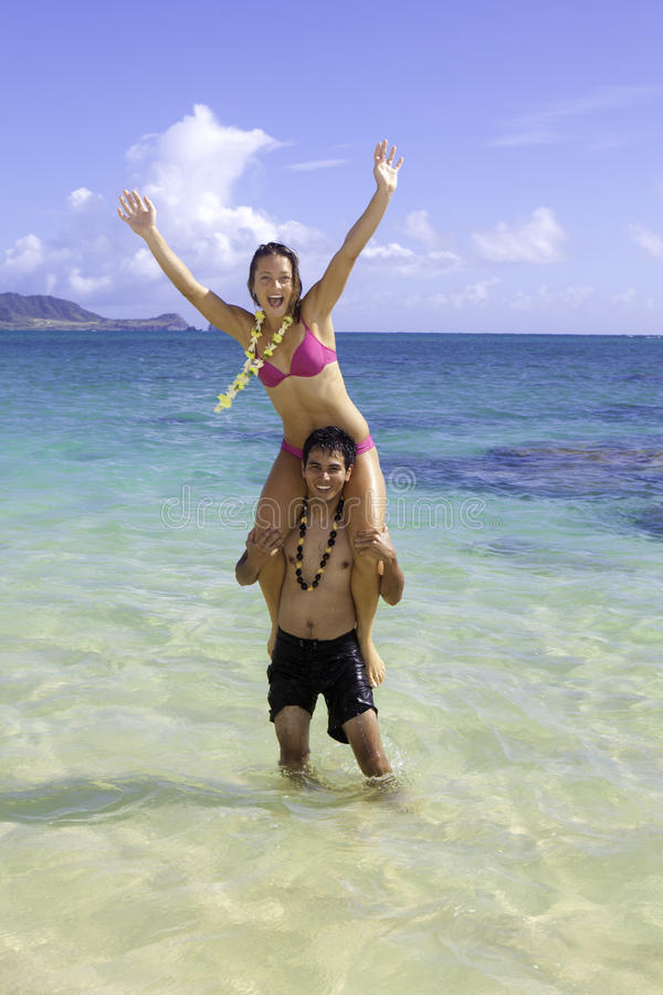 Pares mezclados en Hawaii fotografía de archivo libre de regalías