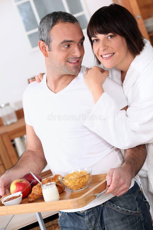 Pares no café da manhã fotos de stock