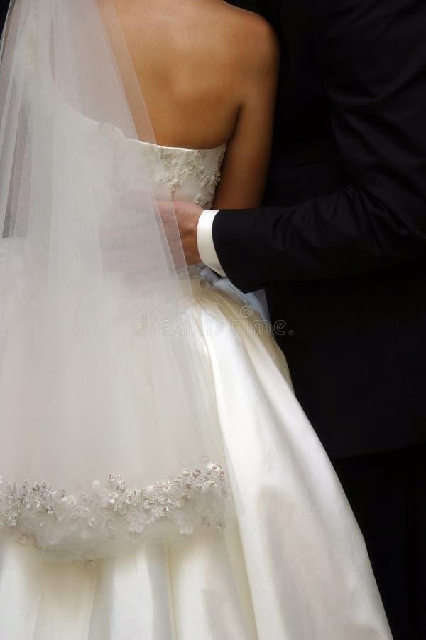 pares Nuevo-casados imagenes de archivo