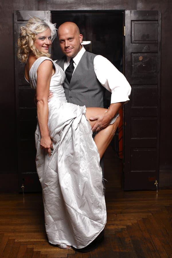 Pares que começ casados. fotos de stock