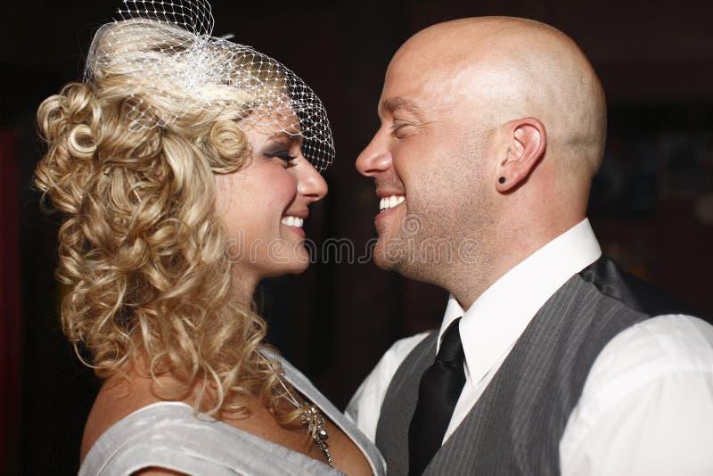 Pares que começ casados. imagens de stock royalty free