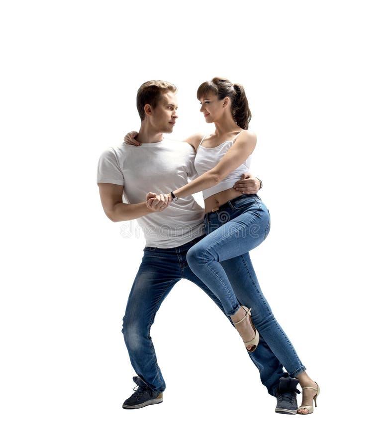 Pares que dançam o danse social fotografia de stock royalty free