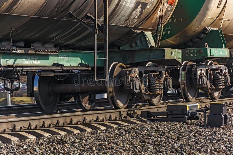 Pares rodados de carros de la carga del tren imagen de archivo libre de regalías