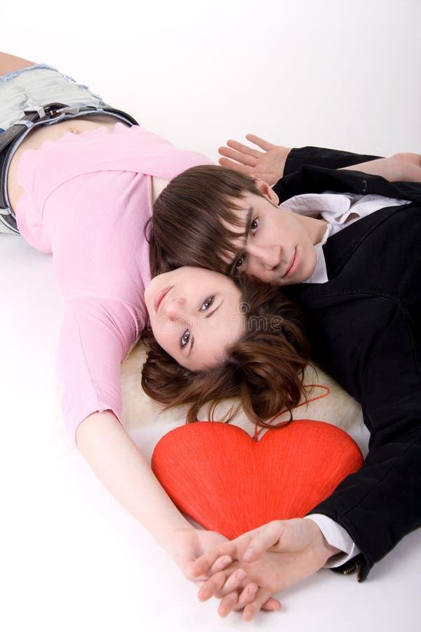 Download Pares românticos foto de stock. Imagem de fundo, acoplamento - 12809044