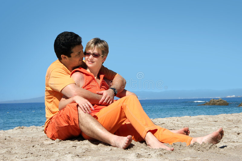 Pares românticos imagens de stock royalty free
