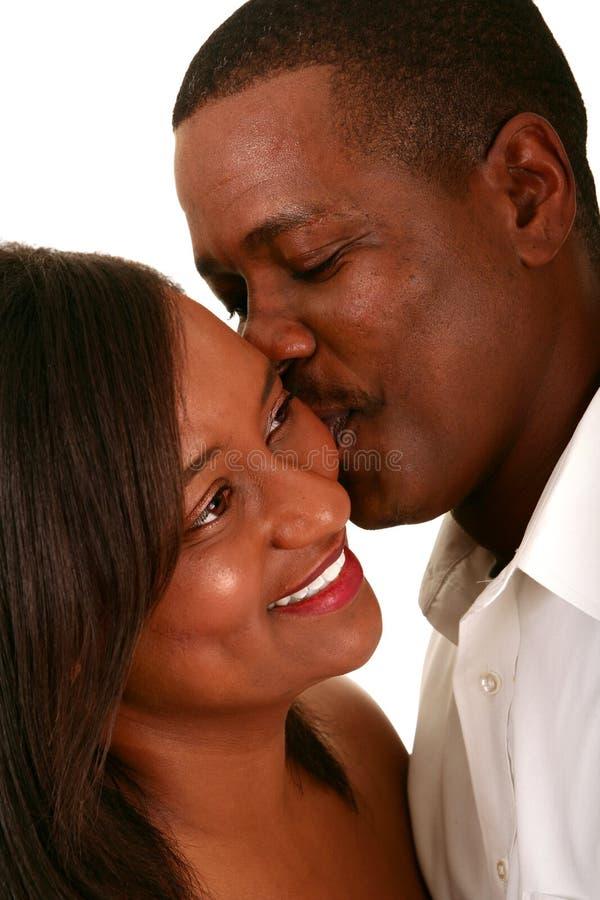 Pares Romant del afroamericano fotos de archivo