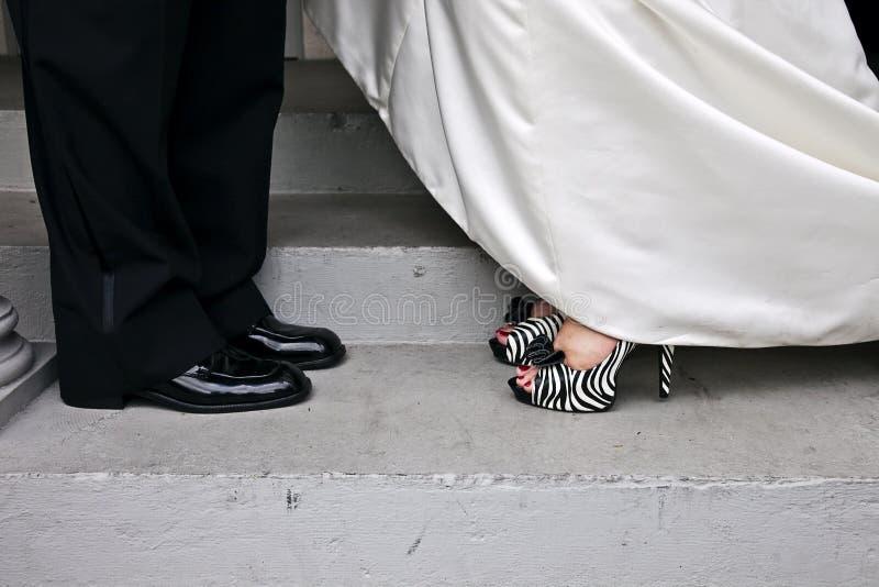 paret shoes bröllop royaltyfri bild