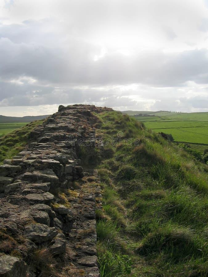 Download Parete del Hadrian immagine stock. Immagine di monumento - 208851