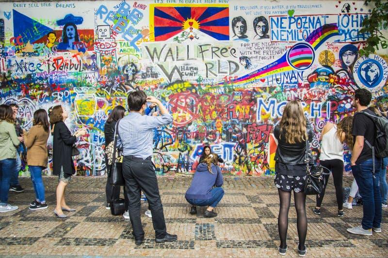 Parete del John Lennon, Praga fotografia stock