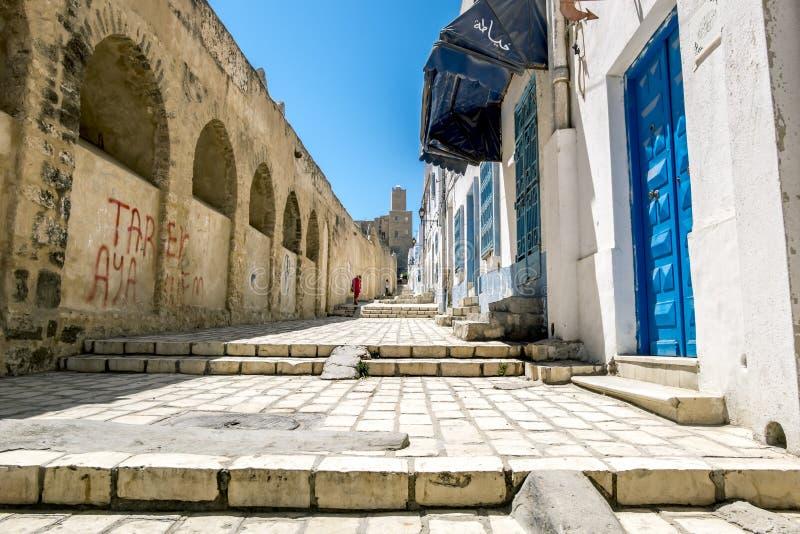 Parete della fortezza nella vecchia città Susa di Medina a Tunisi fotografia stock libera da diritti
