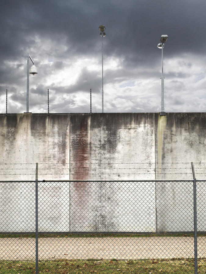 Parete della prigione fotografie stock libere da diritti