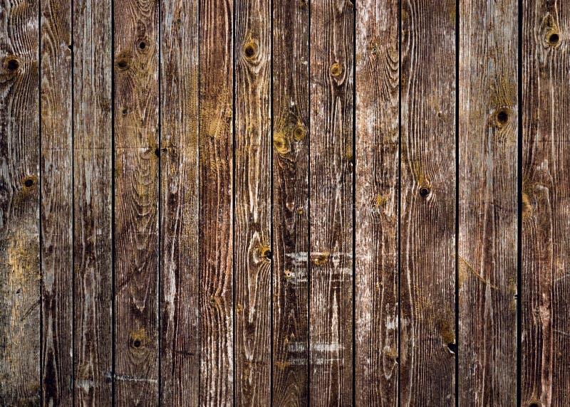 Parete marrone naturale di legno del granaio Modello del fondo di struttura della parete immagini stock