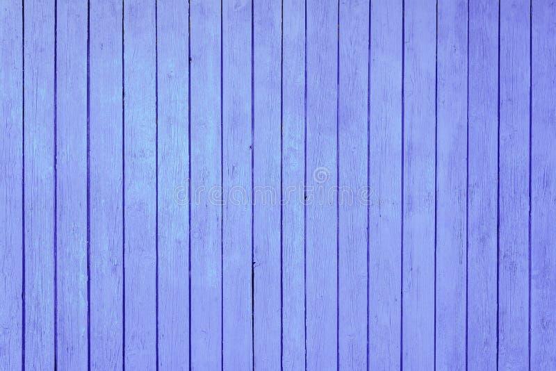 parete porpora di legno come fondo immagini stock