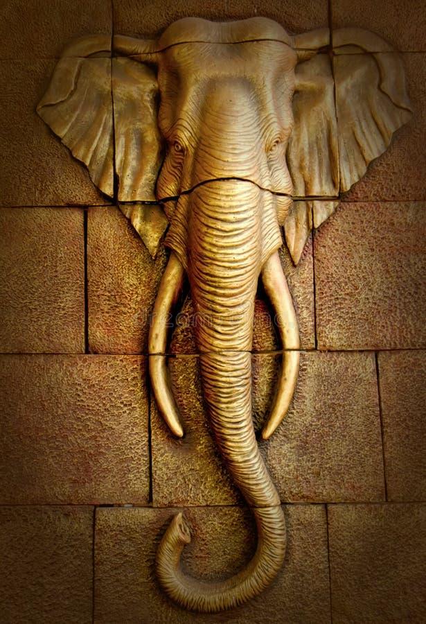Parete scolpita stucco che descrive elefante immagini stock libere da diritti