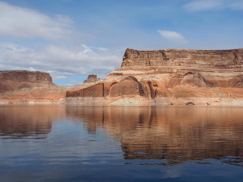 Pareti di canyon del lago Powell, Glen Canyon Arizona fotografia stock